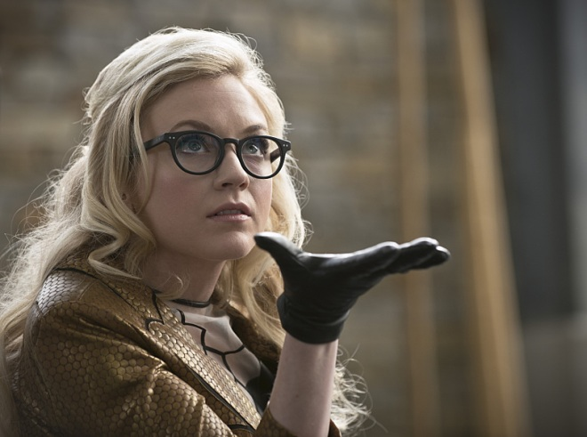 """The Flash -- """"All Star Team Up"""" -- Image FLA118B_0057b -- Pictured: Emily Kinney as Brie Larvan -- Photo: Cate Cameron/The CW -- © 2015 The CW Network, LLC. All rights reserved."""